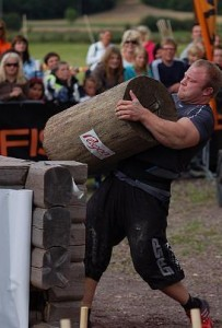 Espen Aune Strongman -  Log Carrying