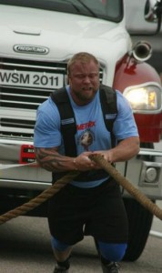 Espen Aune - Norwegian Strongman in Worlds Strongest Man 2011 Truck-pull