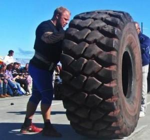 Espen Aune Tyre Flipping - Strongman Style