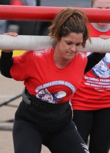 Sue Metcalf - Americas Strongest Woman 2011 - does the Yoke