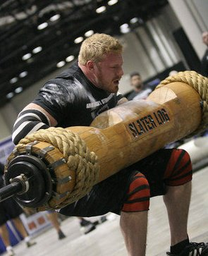 Vince Urbank Strongman lifts Log