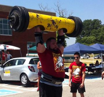 USA Strongman Aaron Brown